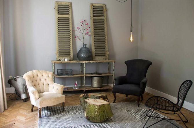 Dorpswoning De Pastorie-Villapparte-luxe vakantiehuis voor 12 personen-Noord Brabant-sfeer huiskamer