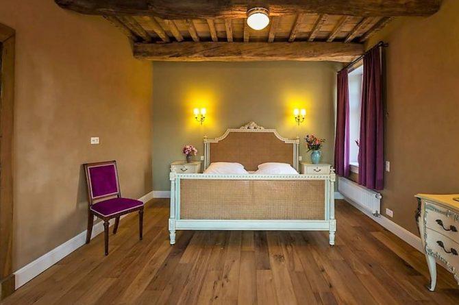 Vakantiehuis La Mairie-Villapparte-De Smockelaer-luxe vakantiehuis voor 35 personen-België-groepsaccommodatie-klassieke slaapkamer