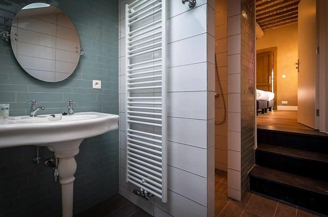 Vakantiehuis La Mairie-Villapparte-De Smockelaer-luxe vakantiehuis voor 35 personen-België-groepsaccommodatie-luxe badkamer