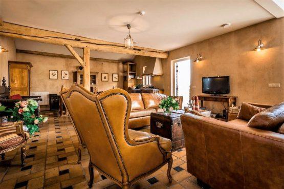 Vakantiehuis de Flab-Villapparte-Smockelaer-Monumentale en luxe vakantiehuis_12 personen_luxe woonkamer