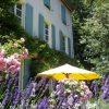 La Cerisaie-Villapparte-Unieke chambres d'hôtes met zwembad-Gîtes en studio-Languedoc Roussillon-Riols- sfeer voorkant huis
