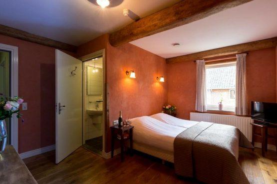 Vakantiehuis Roebelsbos-Villapparte-De Smockelaer-luxe groepsaccommodatie voor 20 personen-Zuid Limburg-romantische slaapkamer