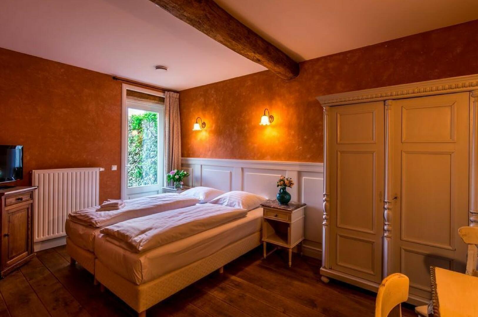Groepsaccommodatie 1 Slaapkamers : Vakantiehuis roebelsbos i een eeuwse hoeve voor personen