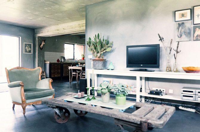 Villapparte-Luxe vakantiehuis De Lieshoeve-Arendonk-groepsaccommodatie voor 12 personen-sfeervolle woonkamer