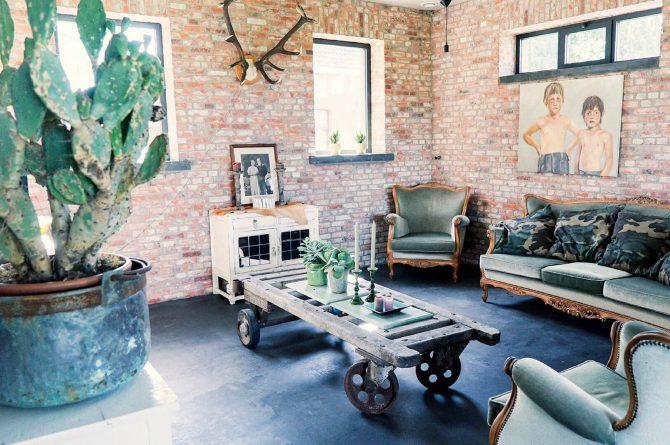 Villapparte-Luxe vakantiehuis De Lieshoeve-Arendonk-groepsaccommodatie voor 12 personen-sfeervolle woonkamer2