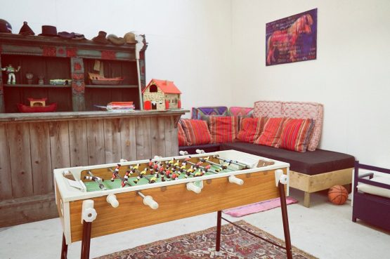 Villapparte-Luxe vakantiehuis De Lieshoeve-Arendonk-groepsaccommodatie voor 12 personen-speelatelier