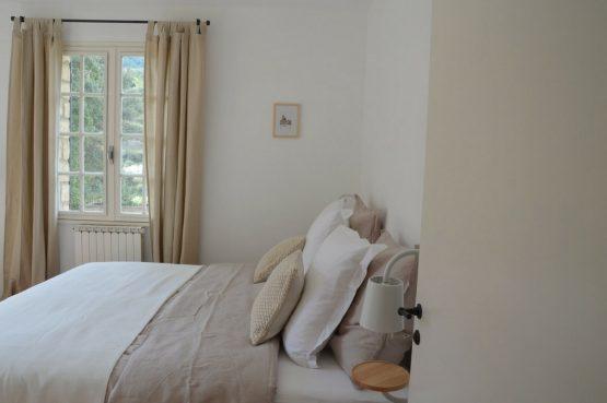 Villapparte_Les Oliviers du Taulisson_unieke Chambres d'Hôtes bij de Mont Ventoux_slaapkamer3