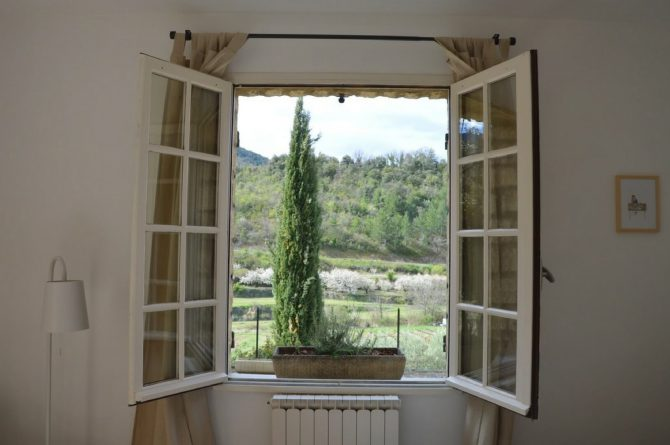 Villapparte_Les Oliviers du Taulisson_unieke Chambres d'Hôtes bij de Mont Ventoux_slaapkamer4