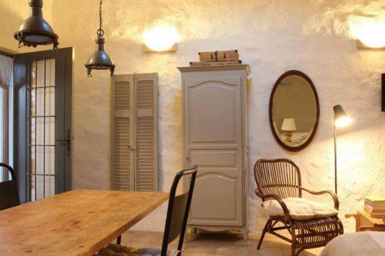 Villapparte_Serre Long_unieke vakantiehuizen in Zuid-Frankrijk_woonkamer2