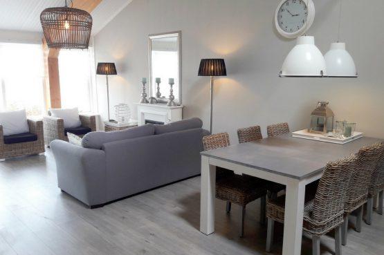 Villapparte-Vecht en Weide-Luxe vakantiehuis Grutto-Weesp-woonkamer