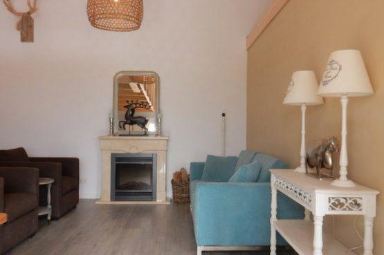 Villapparte-Vecht en Weide-Luxe vakantiehuis Scholekster-Weesp-woonkamer