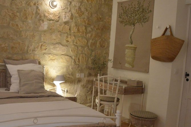 Villapparte_Les Oliviers du Taulisson_unieke Chambres d'Hôtes bij de Mont Ventoux-picholine kamer