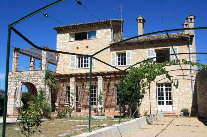 Villapparte_Villa Au Souleu_historisch vakantiehuis Vence 12 personen_Zuid-Frankrijk_hoofdfoto2