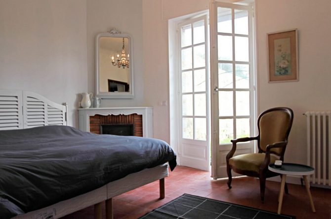 Villapparte_Villa Au Souleu_historisch vakantiehuis Vence 12 personen_Zuid-Frankrijk_slaapkamer5