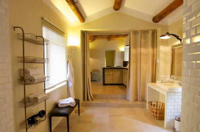 Villapparte_chambres d'hôtes deluxe_Mas la Buissonnière_slaapkamer5