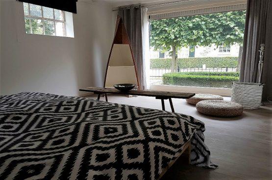 Villapparte_Vakantiehuis De Zeelberg_Dorspswoning_Sfeervol vakantiehuis voor 4 personen_Valkenswaard_slaapkamer uitzicht