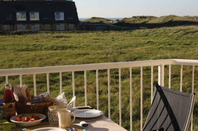 Villapparte_appartement La Mer_vakantiehuis aan zee_Egmond aan Zee_4 personen_uitzicht op de duinen