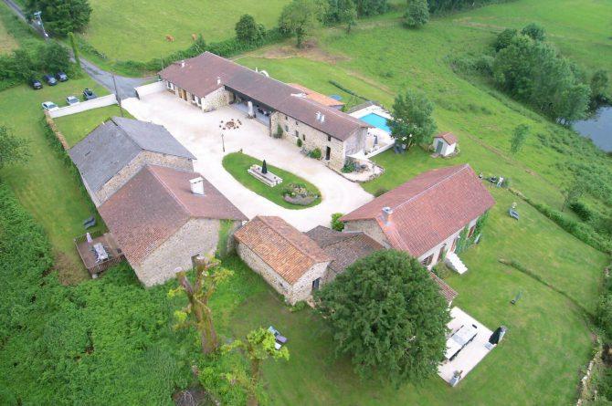Mazieras-Luxe vakantiehuizen en B&B in Frankrijk-de Dordogne- met verwarmd zwembad-Villapparte-het gehele domein