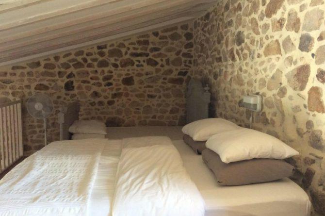 Mazieras-Luxe vakantiehuizen en B&B in Frankrijk-de Dordogne- met verwarmd zwembad-Villapparte-slaapkamer mezzanine Le Marronnier