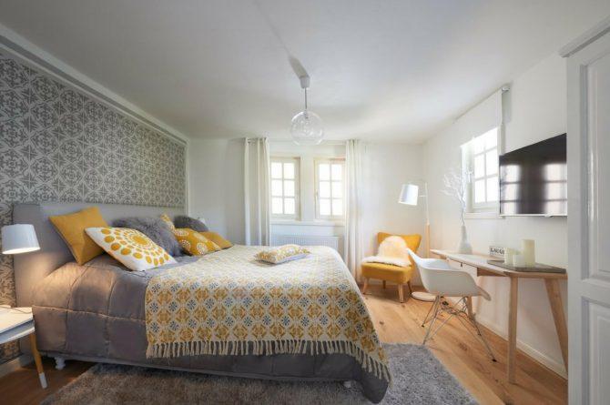 Villapparte-luxe vakantiehuis Appletree met sauna - 12 personen -Moezel - Duitsland -gele slaapkamer