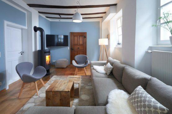Villapparte-luxe vakantiehuis Appletree met sauna - 12 personen -Moezel - Duitsland -sfeervolle woonkamer