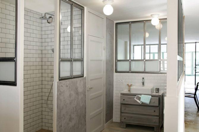 Maison de Maître Des-Sens-Villapparte-luxe en authentieke vakantieappartementen met zwembad-Drôme-Provence-badkamer