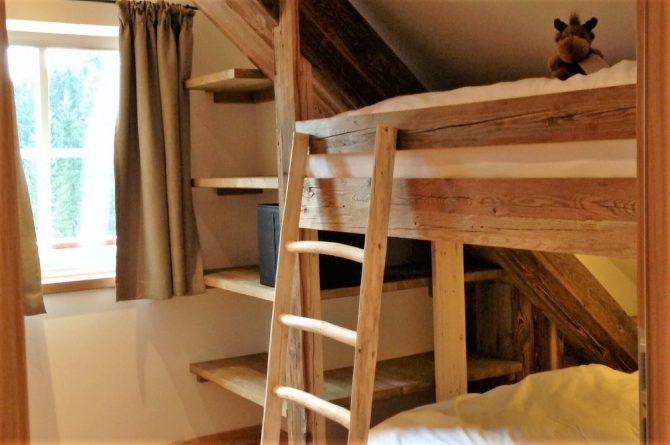 MandlWand Lodge - Villapparte - 9 luxe appartementen met Sauna Welness - Salzburgerland - Oostenrijk - slaapkamer met stapelbed