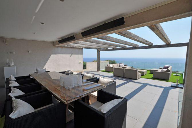 Villapparte-Belvilla-Villa Six Cent Douze-luxe vakantiehuis-Zuid Frankrijk-uniek uitzicht op zee