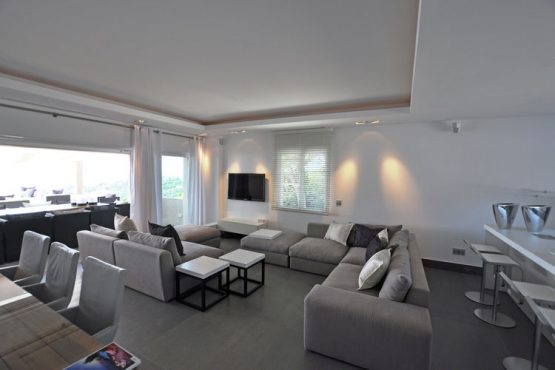 Villapparte-Belvilla-Villa Six Cent Douze-luxe vakantiehuis-Zuid Frankrijk-woonkamer