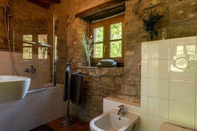 Boutique hotel Novanta-Villapparte-Italië-Toscane-authentiek en traditioneel belevingshotel-luxe badkamer