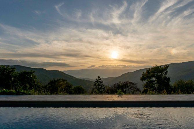 Boutique hotel Novanta-Villapparte-Italië-Toscane-authentiek en traditioneel belevingshotel-uitzicht zwembad