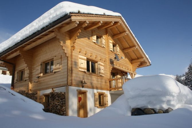 Villapparte-Belvilla-Chalet le Chevreuil Franse alpen-luxe chalet voor 12 personen-winter-hoofdfoto