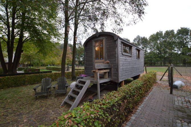 Villapparte-Belvilla-Cottage Pipowagen 't Oventje-unieke pipowagen in Zeeland voor 2 personen