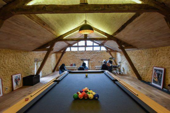 Villapparte-Belvilla-Landhuis La Dépendance-Authentiek vakantiehuis-Dordogne-9 personen-biljarttafel