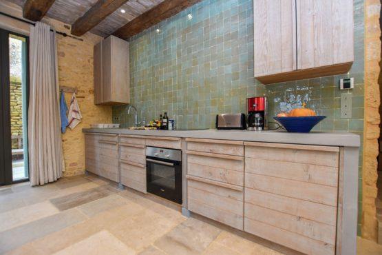 Villapparte-Belvilla-Landhuis La Dépendance-Authentiek vakantiehuis-Dordogne-9 personen-keuken