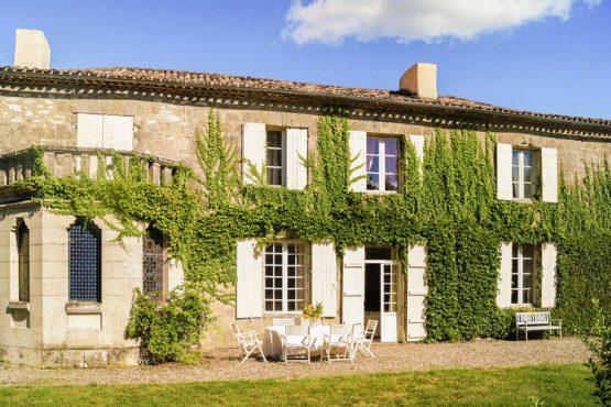Villapparte-Belvilla-Landhuis La Dame a l'Hermine-authentiek vakantiehuis met zwembad-12 personen