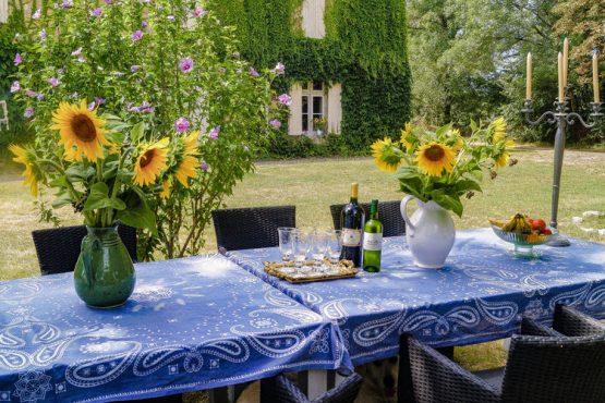Villapparte-Belvilla-Landhuis La Dame a l'Hermine-authentiek vakantiehuis met zwembad-12 personen-sfeer