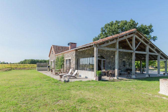 Villapparte-Belvilla-Mas d'Ourbise Penan-luxe vakantievilla-12 personen-Frankrijk-overdekt terras