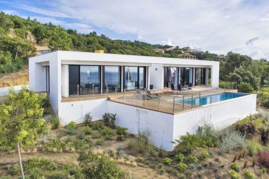 Villapparte-Belvilla-Villa Seaview-Luxe vakantievilla in Albitreccia voor 6 personen-met zwembad-Frankrijk-Corsica