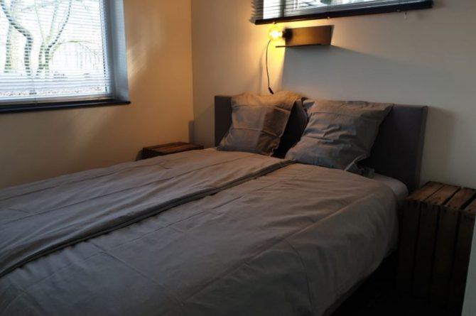 Dorpswoning In het Bos - Villapparte -romantisch vakantiehuis voor 4 personen - Noord Brabant - heerlijke slaapkamer