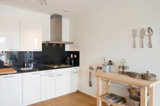 Villapparte-Belvilla-Appartement Scheveningen 22-luxe appartement voor 2 personen in Scheveningen-luxe keuken