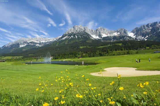 Villapparte-Belvilla- Chalet Kaiserliebe-luxe chalet voor 10 personen in Ellmau-Oostenrijk-zomer sfeer