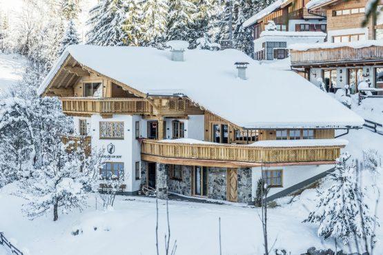 Villapparte-Belvilla-Chalet Lodge of Joy-luxe appartement voor 14 personen in Wagrain-Oostenrijk-winter