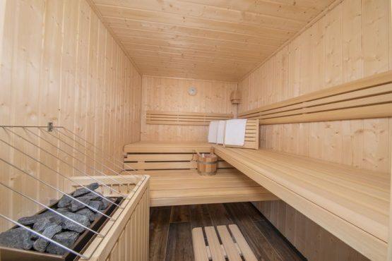 Villapparte-Belvilla-Chalet Rossberg-Luxe chalet voor 10 personen in Neukirchen am Grossvenediger-Oostenrijk-sauna