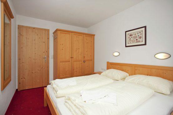 Villapparte-Belvilla-Chalet im Wald-Luxe chalet voor 10 personen in Konigsleiten-Oostenrijk-slaapkamer