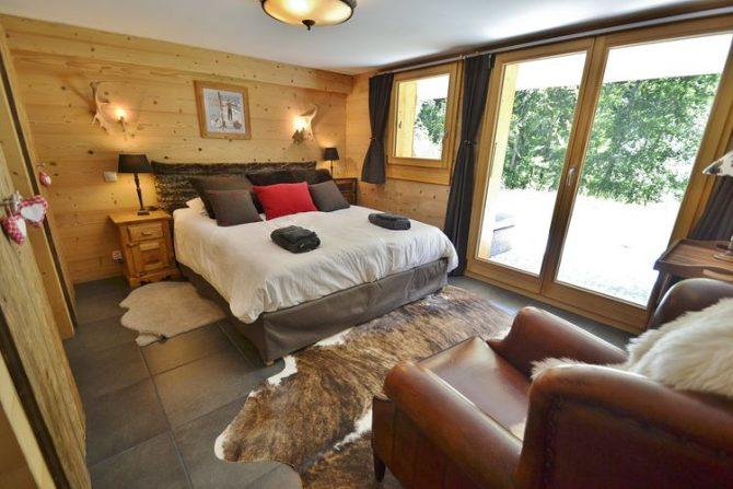 Villapparte-Belvilla-Chalet le Chevreuil Franse alpen-luxe chalet voor 12 personen-gezellige slaapkamer