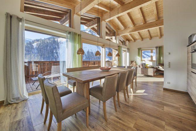 Villapparte-Belvilla-Künstler Chalet-luxe chalet voor 10 personen in Saalbach Hinterglemm-Oostenrijk-ruime eethoek