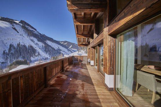 Villapparte-Belvilla-Künstler Chalet-luxe chalet voor 10 personen in Saalbach Hinterglemm-Oostenrijk-winter terras
