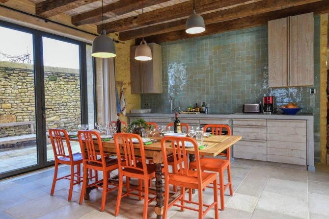 Villapparte-Belvilla-Landhuis La Dépendance-Authentiek vakantiehuis-Dordogne-luxe woonkamer