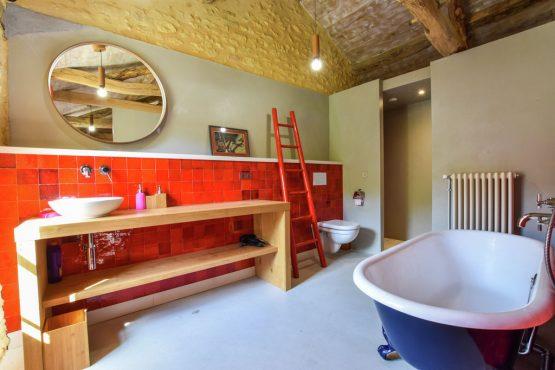 Villapparte-Belvilla-Landhuis La Dépendance-Authentiek vakantiehuis-Dordogne-moderne badkamer